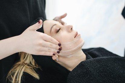 Как избавиться от купероза. Обзор лучших средств и советы врача дерматолога