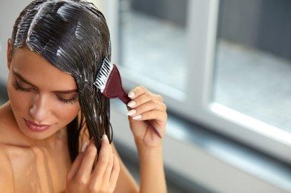13 лучших масок для укрепления и роста волос