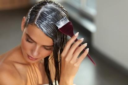 Как покрасить волосы самостоятельно: что понадобится, пошаговая инструкция и правила окрашивания
