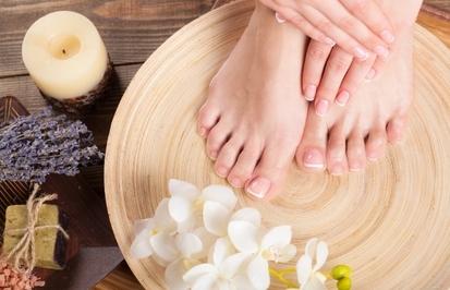 Как ухаживать за пятками в домашних условиях   почему сохнет кожа стоп и как с этим бороться
