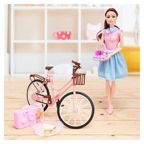 Кукла Юля на велосипеде с аксессуарами