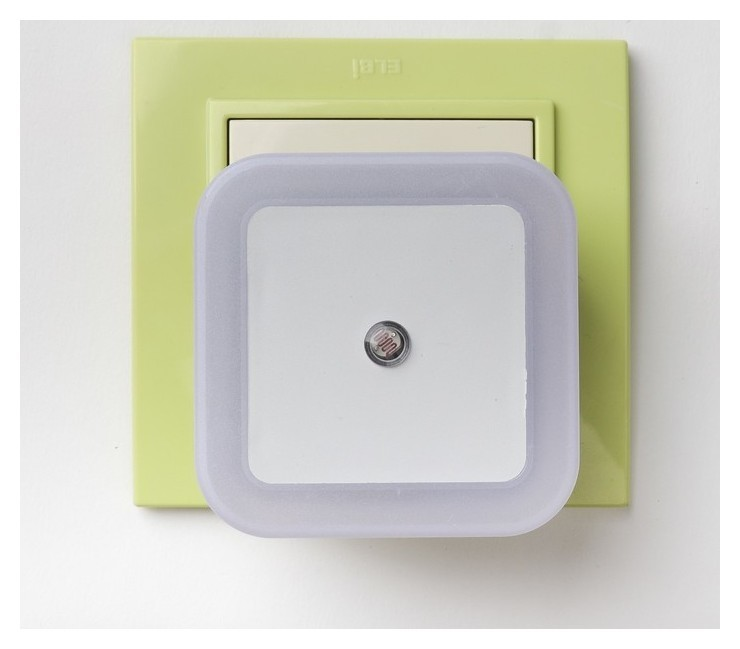 "Ночник ""Квадро"", 1 х 0.5 Вт LED (С датчиком освещённости)  КНР"