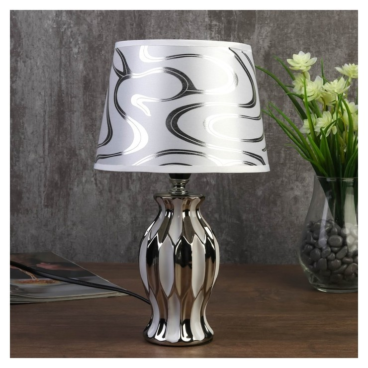 Лампа настольная 7555090tl/1 E14 40вт белый-серебро 17х17х29,5 см КНР