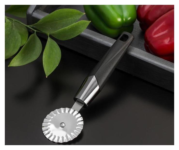 Нож для пиццы и теста «Хром», 20×6 см, ребристый, цвет чёрный  Доляна