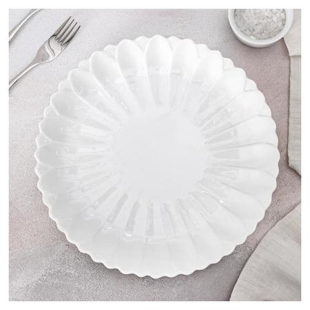 Тарелка обеденная «Цветок», 20×1,5 см, цвет белый