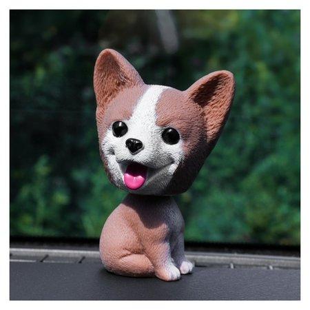 Собака на панель авто, качающая головой, хаски, коричневый  NNB
