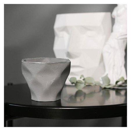 Кашпо-ромб серое из бетона «Фантазия», 10,5 х 9 см  Дарите счастье