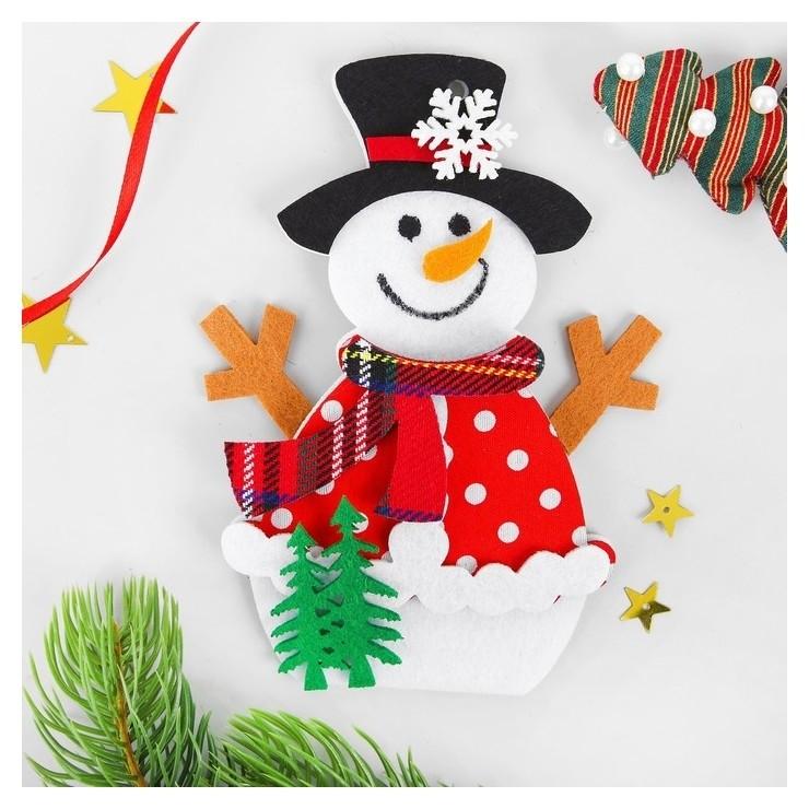 Набор для творчества - создай ёлочное украшение из фетра «Снеговик с ёлочками» NNB