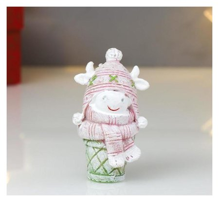 """Сувенир полистоун """"Бычок в вязанной шапке"""" розовый с салатовым 7,5 см  NNB"""