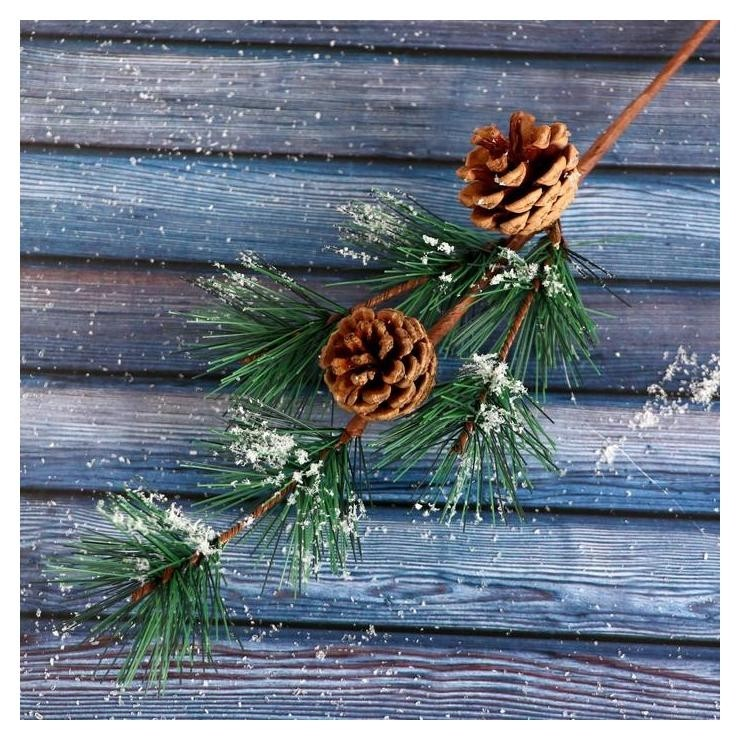Декор Зимнее очарование веточка хвои с шишками в снегу 29 см NNB