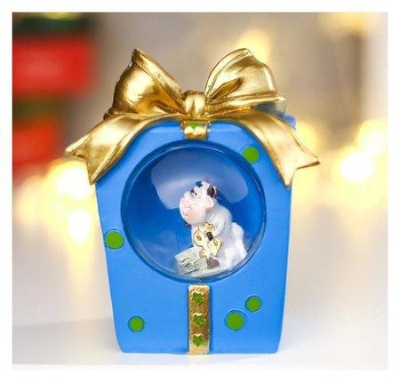 Сувенир полистоун свет Коровка с долларом в коробке с бантом 10,5х5,5х8,5 см NNB