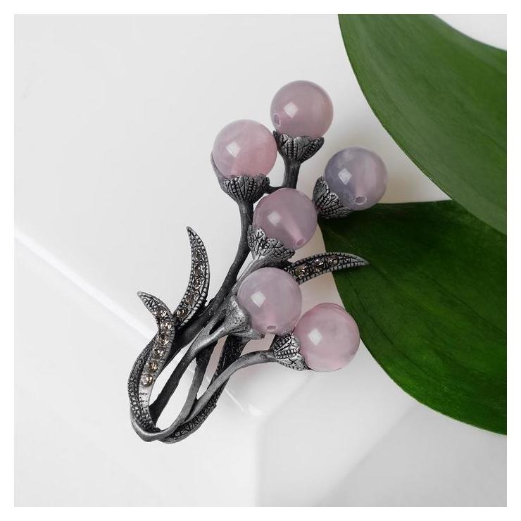 Брошь Кварц розовый рифы, цвет серо-розовый в сером металле NNB