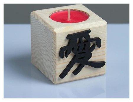 Свеча в деревянном подсвечнике с ароматом вишни Куб Иероглифы Любовь  NNB
