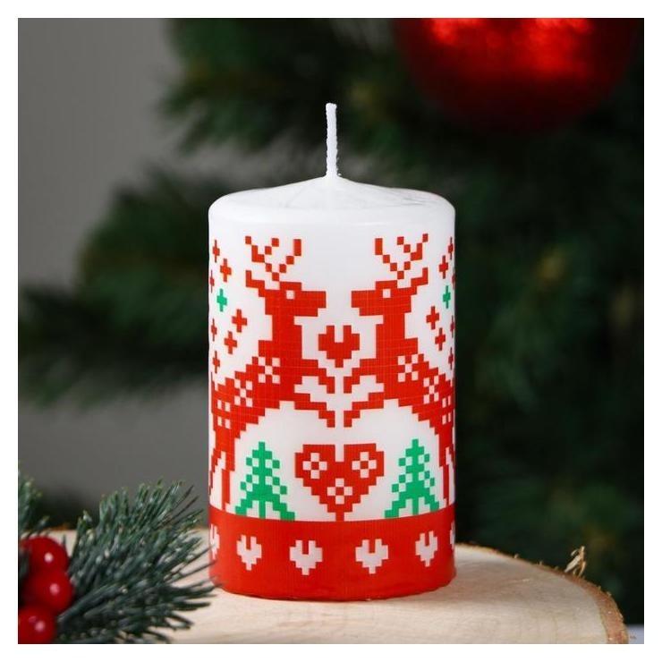 Свеча-цилиндр Скандинавские узоры Оленёнок 6×10 см Омский свечной завод