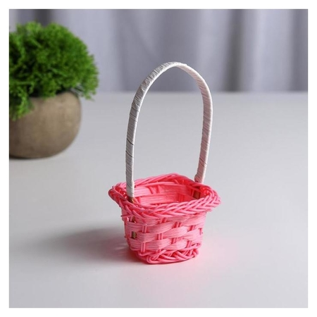 Миниатюра кукольная - корзинка, цвет розовый  NNB