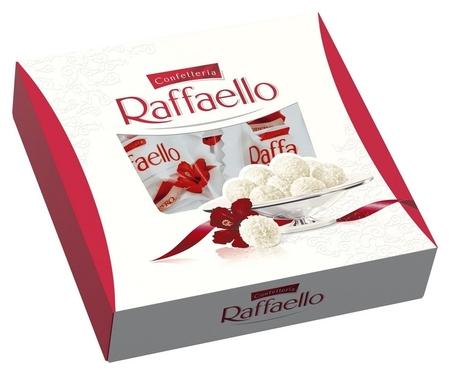 Набор конфет Raffaello 240 г  Raffaello