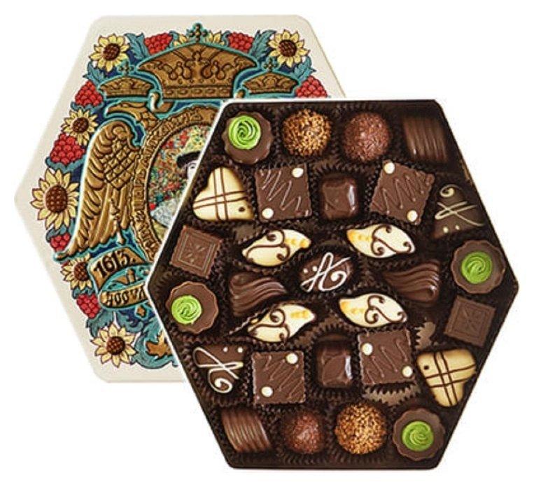 Набор конфет красный октябрь 1/300 жесть банка (Дом романовых) 200x200x40  Красный октябрь