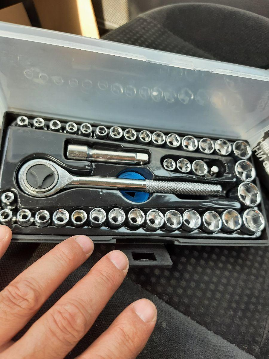 Отзыв на товар: Набор инструментов в кейсе Tundra, автомобильный, 40 предметов. Tundra. Вид 1 от 1620201658