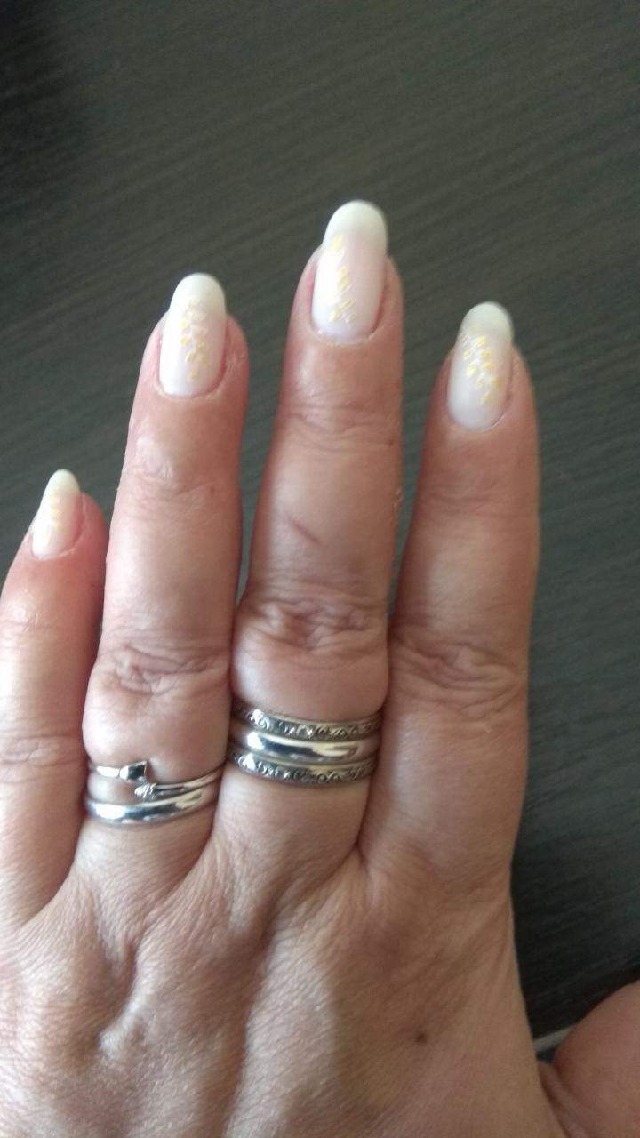 Отзыв на товар: Лак для ногтей WOW !. Golden Rose.