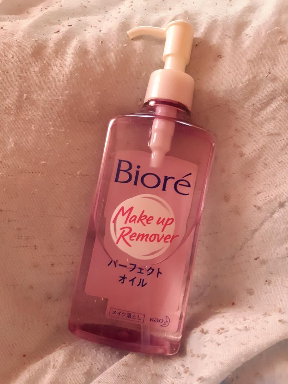 Отзыв на товар: Гидрофильное масло Make Up Remover. Biore. Вид 1 от 1609055860