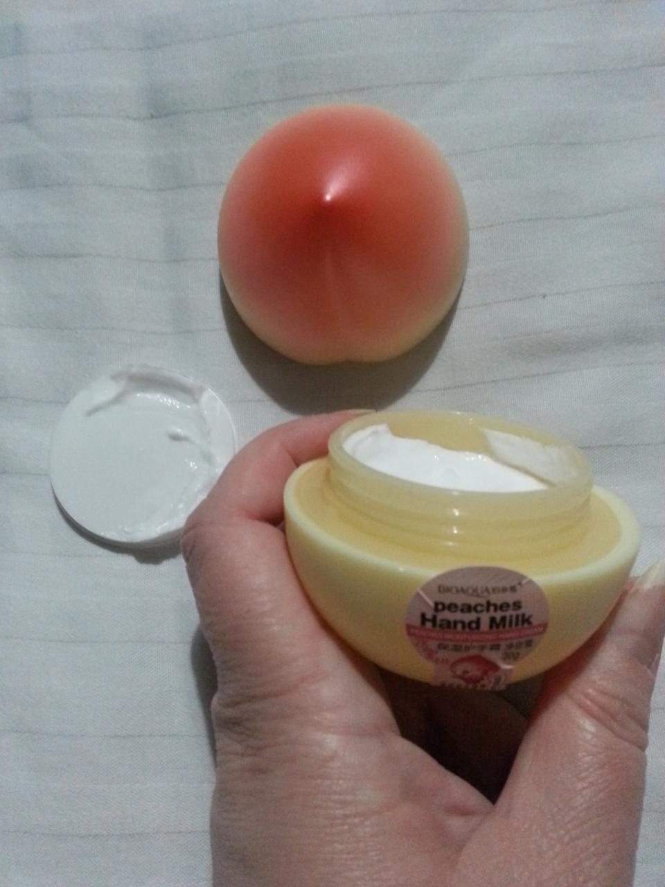 Отзыв на товар: Увлажняющий крем для рук с экстрактом медового персика. Bioaqua. Вид 3 от 1617097814